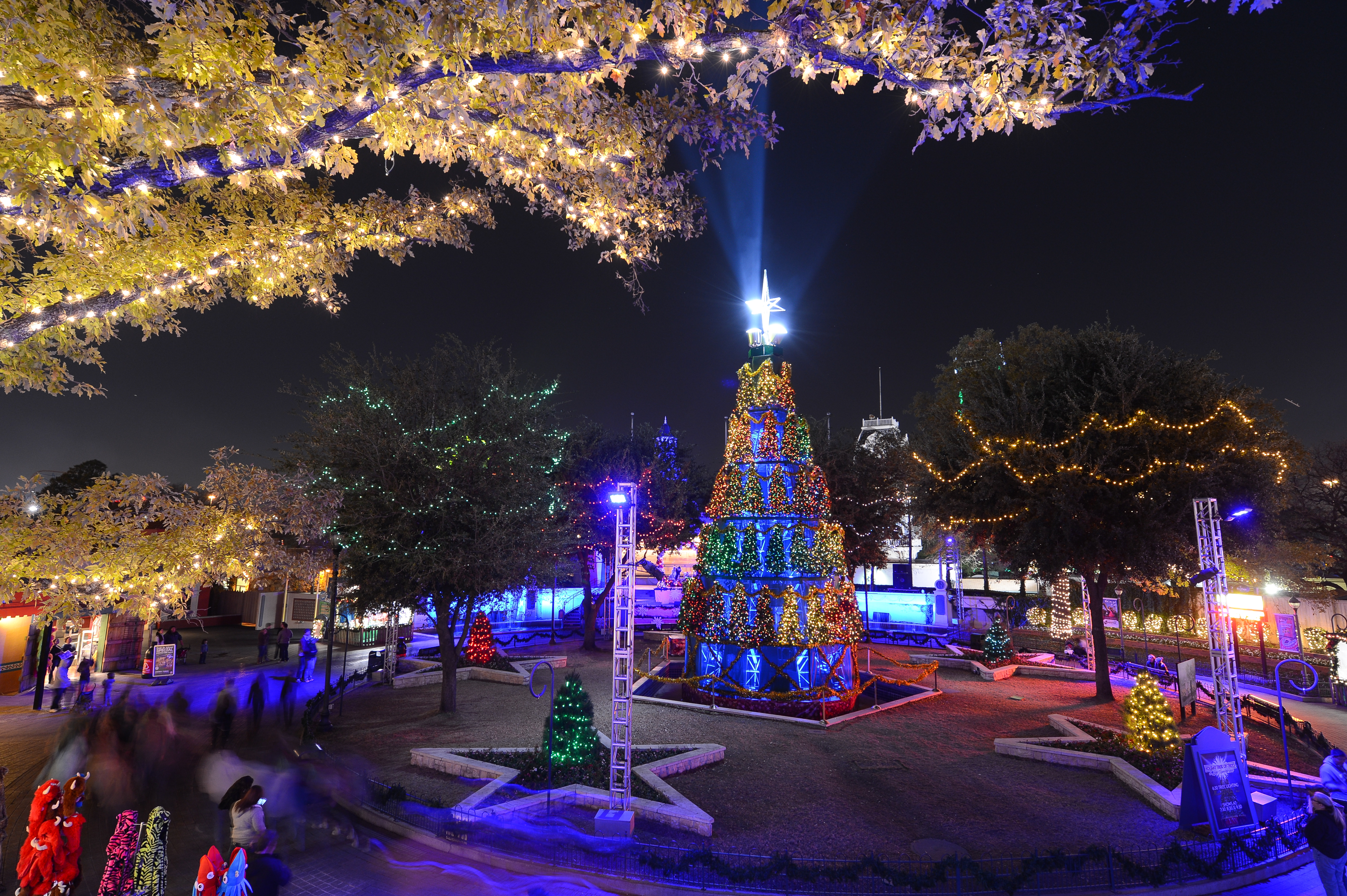Holiday in the park at Six Flags Over Texas Arlington