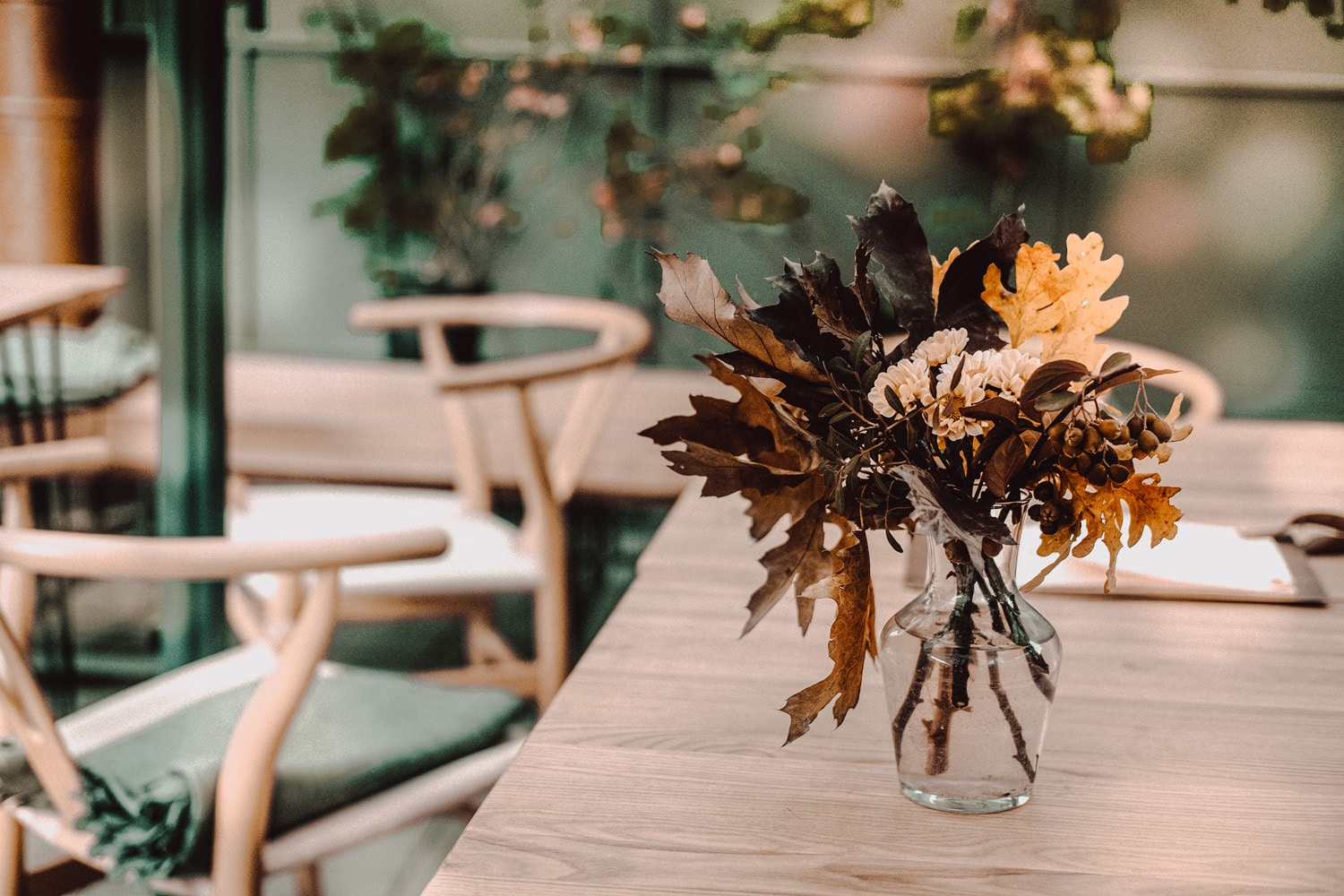 fall lead table decor