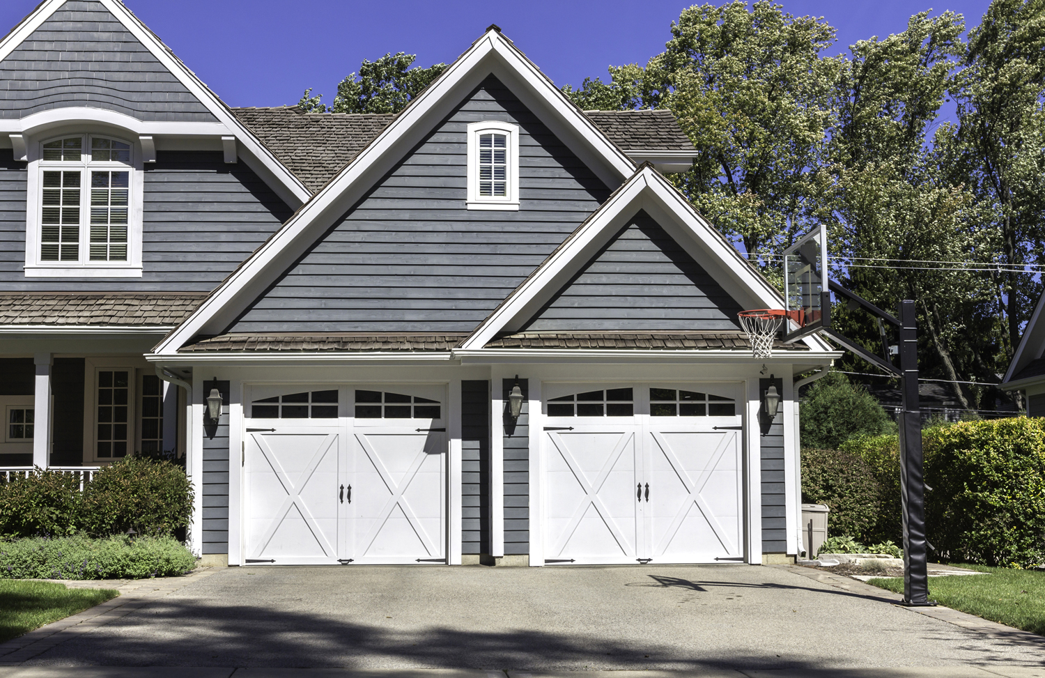 garage doors Mckinney texas residential and commercial garage doors