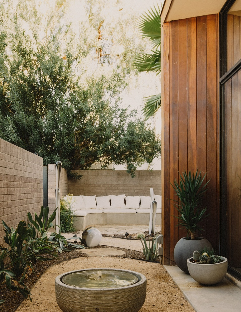 Midcentury Modern Courtyard Landscaping Xeriscaping